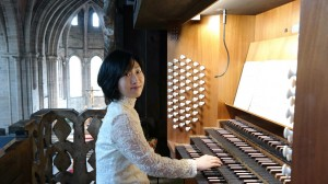 Ka Young Lee an der Orgel
