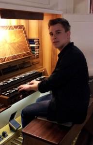 Marcel Jahn an der Orgel